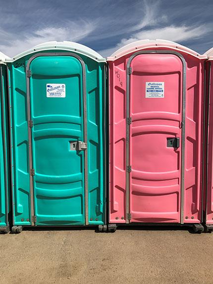 Gallason - Dual Portable Toilets Fort Saskatchewan